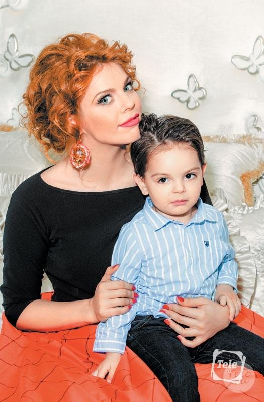 Екатерина Стриженова с дочкой Анастасия Стоцкая Дмитрий